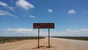 Nullarbor Plain signpost