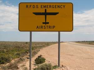 RFDS Emergency Airstrip signpost on Eyre Highway