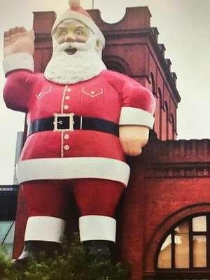 Big Santa at Adelaide